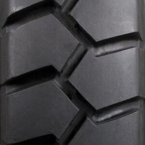 Carlisle Premium Wide Trac Tire Tread View