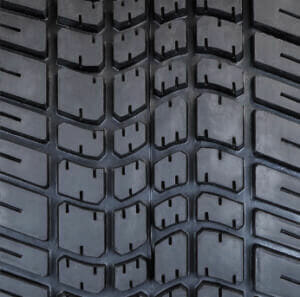 Carlisle Tour Max® Tread